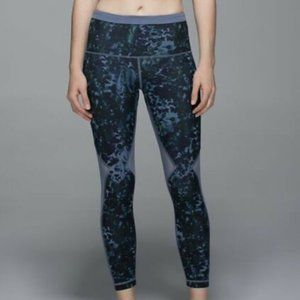 Lululemon Running in the City 7/8 Tight size 4 NWT